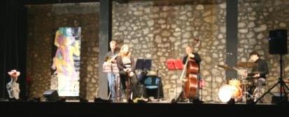 La Band e Installazioni Artistiche sul palco